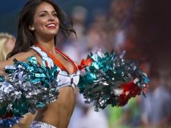 Top 10 des Cheerleaders les plus sexy de la NFL